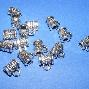 Medálvezető (364. minta/1 db), Gyöngy, ékszerkellék,  Medálvezető (364. minta) - ezüst színben  Mérete: 7,5x5,5 mm (+ az akasztó karika: 4 mm)  A furat m..., Meska