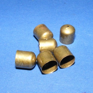 Bőrvég (454/A minta/1 db) - 8x8 mm, Gyöngy, ékszerkellék,  Bőrvég végzáró (454/A minta) - bronz színben  Mérete: 8x8 mm  Az ár 1 darab termékre vonatkozik.  ..., Meska