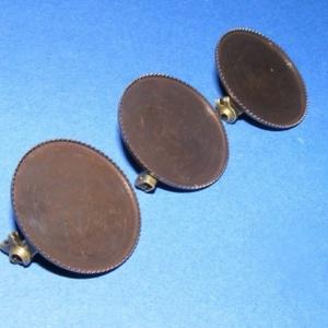 Kitűző alap (392. minta/1 db), Gyöngy, ékszerkellék,  Kitűző alap (392. minta) - kerek - antik sötét bronz színben  Mérete: 26 mm A belső mérete: 25 mm..., Meska