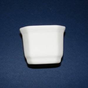 Fehér cserépkaspó (71x62 mm/1 db) , Díszíthető tárgyak, Cserép,  Fehér cserépkaspó  Külső méret: 71x62 mmBelső méret: 62x54 mmMagassága: 56 mmTalpméret: 4x5 cm  Az ..., Meska