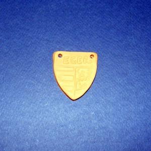 Mini cserépdísz (40x45 mm/1 db) - Eger címer, Díszíthető tárgyak, Cserép,  Mini cserépdísz - Eger címer  Mérete: 40x45x5 mmFurat: 3 mm  Az ár egy darab termékre vonatkozik. ..., Meska