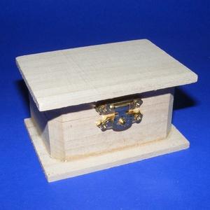 Mini fadoboz (9x5,5x5 cm/1 db) - lapos, Fa, Famegmunkálás, Egyéb fa, \nMini fadoboz/ládikó - lapos\n\nMérete: 9x5,5x5 cmAnyaga: natúr fa, nem pácolt, nem kezelt\n\nAz ár egy ..., Meska