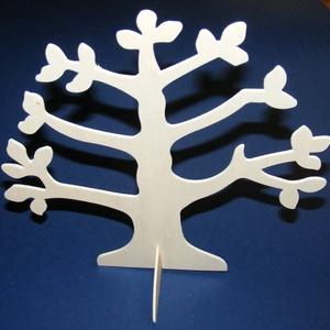 Ékszertartó fa (1 db), Fa, Famegmunkálás, Egyéb fa, \n\n\nÉkszertartó fa\nMérete: 25x26 cm Anyaga: natúr fa, nem pácolt, nem kezeltAnyagvastagság: 3,2 mm\n\n\n..., Meska