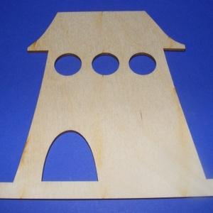 Fa madárházikó (1 db) - bástya, Fa,  Fa madárházikó - bástya - 3 kerek kivágással  A fa alapból egyéni függődíszeket, fali dekorációkat ..., Meska