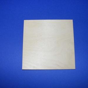 Fa alap (16x16 cm/1 db) - négyzet, Fa, Fa alap - négyzetMérete: 16x16 cmAnyagvastagság: 3 mmAnyaga: rétegelt lemezTöbbféle méretben és form..., Meska
