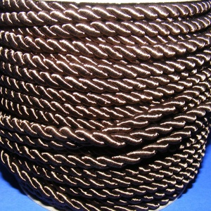 Sodrott zsinór - 6 mm (ZS41S/1 m) - sötétbarna, Gyöngy, ékszerkellék,  Sodrott zsinór (ZS41S) - sötétbarna  Színes nylon sodrott zsinórAjánlott karkötők, nyakláncok készí..., Meska