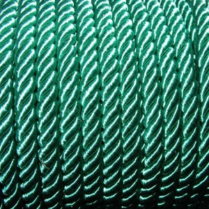 Sodrott zsinór - 6 mm (ZS74S/1 m) - zöld, Gyöngy, ékszerkellék,  Sodrott zsinór (ZS74S) - zöld  Színes nylon sodrott zsinórAjánlott karkötők, nyakláncok készítéséhe..., Meska