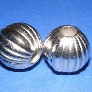 Felületkezelt műanyag köztes-54 (gömb - függőleges csíkos/1 db) - Meska.hu
