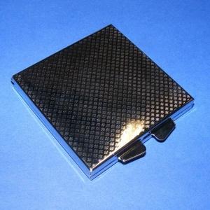 Tükör (2. minta/1 db) - négyzet, Vegyes alapanyag,  Tükör (2. minta) - szétnyitható - négyzet  Mérete: 60x60 mmAnyaga: fém  Az ár egy darab termékre vo..., Meska