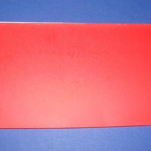 Viaszlap (20x10 cm) - piros, Vegyes alapanyag, Gyertya, Gyertyaöntés, \n\n\n\nViaszlap - piros\n\nMérete: 20x10 cm\nAz öntapadós, vékony viaszfólia \r\nsegítségével elkészítheti a..., Meska
