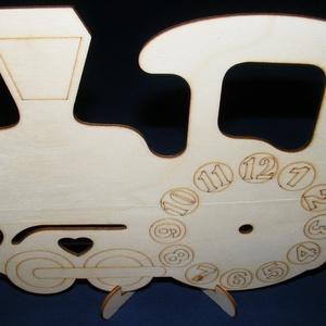 Fa óralap (22,5x19,5 cm/1 db) - mozdony (csimbo) - Meska.hu