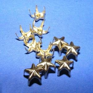 Fém szegecs (6. minta/1 db) - csillag, Csat, karika, zár,  Fém szegecs (6. minta) - kúp - arany színben  Mérete: 7 mm  Az ár egy darab szegecsre vonatkozik...., Meska