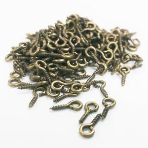 Szemes csavar (1061/D minta/20 db) - 4x10 mm, Csat, karika, zár, Mindenmás, \n\nSzemes csavar (1061/D minta) - bronz színben\n\nA terméket elsősorban süthető gyurma ékszerekhez ajá..., Meska