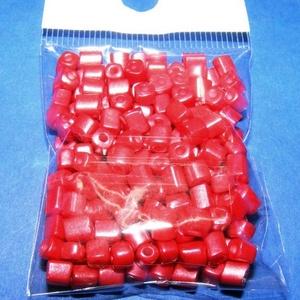 Szögletes gyöngy (2. minta/15 g) - gyöngyház piros (csimbo) - Meska.hu