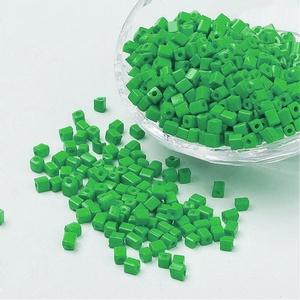Szögletes gyöngy (19. minta/10 g) - matt zöld - Meska.hu