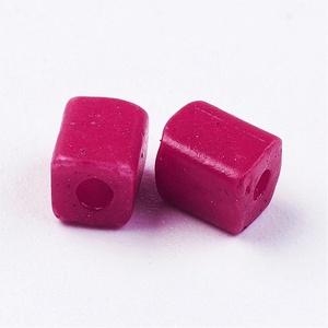 Szögletes gyöngy (18. minta/10 g) - matt ciklámen (csimbo) - Meska.hu