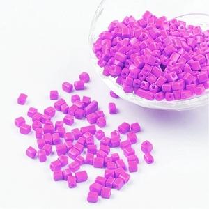 Szögletes gyöngy (9. minta/15 g) - gyöngyház lila (csimbo) - Meska.hu