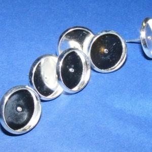 Fülbevaló alap (254/A minta/2 db), Gyöngy, ékszerkellék, Ékszerkészítés, \nFülbevaló alap (254/A minta) - stiftes - ezüst színben\n\nMérete: 12 mm (a belméret: 10 mm); a tüske ..., Meska