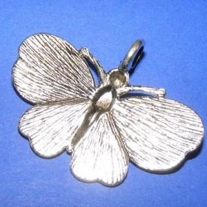 Medál (589. minta/1 db) - pillangó (csimbo) - Meska.hu