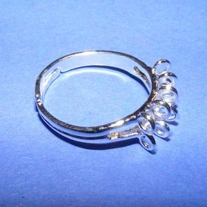 Gyűrű alap (23. minta/1 db) - fűzhető, Gyöngy, ékszerkellék,  Gyűrű alap (23. minta) - fűzhető - ezüst színben  Mérete: 18 mm (karika)  Az ár 1 darab gyűrűre von..., Meska