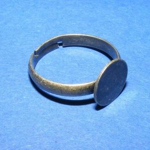Gyűrű alap (36/A minta/1 db), Gyöngy, ékszerkellék,  Gyűrű alap (36/A minta) - ragasztható - sárga-bronz színben  Mérete: 19 mm (tárcsa mérete: 10 mm)  ..., Meska