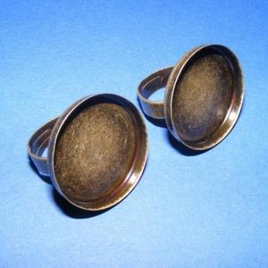 Gyűrű alap (2. minta/1 db), Gyöngy, ékszerkellék,  Gyűrű alap (2. minta) - ragasztható - antik bronz  Mérete: a karika átmérő 17 mm; szélessége 5 mmA ..., Meska