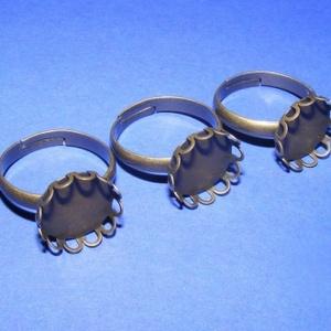 Gyűrű alap (45. minta/1 db), Gyöngy, ékszerkellék,  Gyűrű alap (45. minta) - ragasztható - antik bronz színben  A tárcsa átmérője: 14 mmA belső átmérő:..., Meska