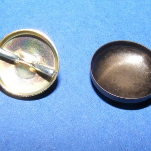 Fém gomb alap (28. méret/1 db), Gomb, Varrás, \n\r\nFém gomb alap (28. méret)\n\nA csomag tartalma 1 darab behúzható fém (alumínium) gomb alap (..., Meska