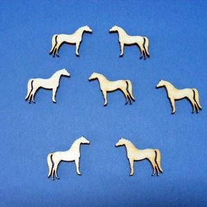 Fa alap (256. minta/1 db) - ló, Fa, Famegmunkálás, Egyéb fa, \nFa alap (256. minta) - ló\n\nMérete: 28x25 mmAnyaga: rétegelt lemezAnyagvastagság: 3 mm\nAz ár egy dar..., Meska