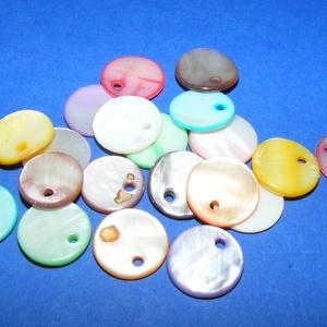 Fúrt kagyló ékszer alap (69. minta/20 db) - vegyes színek (csimbo) - Meska.hu