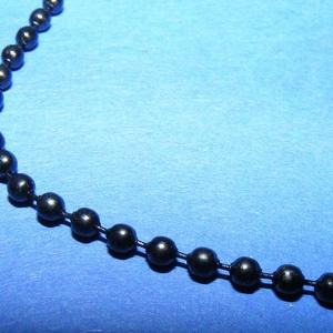 Golyós lánc - 2,4 mm (festett/1 m) - fekete (csimbo) - Meska.hu