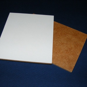 Farostlemez (26x26 cm/1 db) - fehér/natúr, Fa,  Farostlemez - fehér/natúr  A lap egyik oldala natúr, a másik festett (fehér).    Mérete: 26x26 cm..., Meska