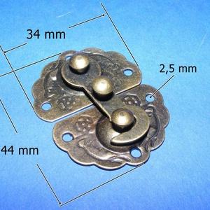 Doboz csat (9. minta/1 db) - bronz, Csat, karika, zár, Mindenmás, \nDoboz csat (9. minta) - bronz színben - díszes \n\nMérete: 44x34 mm\nAz ár egy darab termékre vonatkoz..., Meska