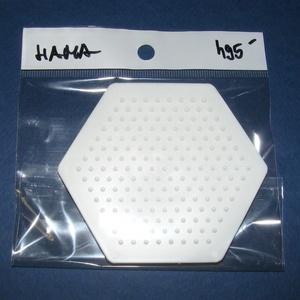 Hama vasalható gyöngy alapsablon (1 db) - hatszög, Vegyes alapanyag,  Hama vasalható gyöngy alapsablon - hatszög  A gyerekek játékos fejlesztésében sokat  segít a vasal..., Meska