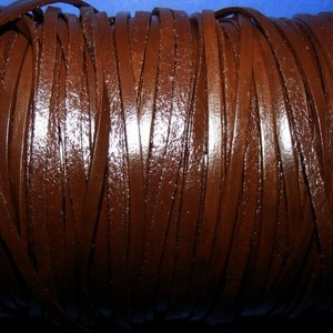 Lapos bőrszíj - 3x1,5 mm (4. minta/1 m) - sötétbarna, Vegyes alapanyag, Egyéb alapanyag,  Lapos bőrszíj (4. minta) - szögletes - tekercses - sötétbarna  Mérete: 3x1,5 mm átmérőjű  Valódi ha..., Meska