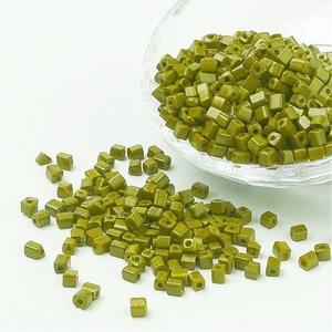 Szögletes gyöngy (5. minta/15 g) - gyöngyház limezöld, Gyöngy, ékszerkellék, Ékszerkészítés, Gyöngy,  Szögletes gyöngy (5. minta) - limezöld - gyöngyház fényű  Kiszerelés: 15 g (kb. 160 db gyöngy)  A ..., Alkotók boltja