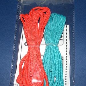 Paracord karkötő alap-1 (2 szín+2 kapocs), Gyöngy, ékszerkellék,  Paracord karkötő alap-1  A csomag tartalma: 2 db paracord színes zsinór (a képen látható  színössz..., Meska