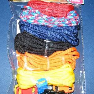 Paracord karkötő alap-7 (6 szín+6 kapocs), Gyöngy, ékszerkellék,  Paracord karkötő alap-7  A csomag tartalma: 6 db paracord színes zsinór (a képen látható  színössz..., Meska
