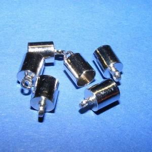 Bőrvég (29 minta/1 db) - 9,5x6 mm, Gyöngy, ékszerkellék,  Bőrvég (29 minta) - platinum színben  Mérete: 9,5x6 mm Belső átmérő: 5 mm  Az ár 1 darab termékre v..., Meska