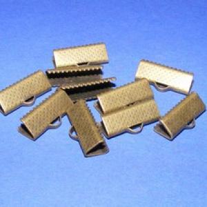 Szalagvég (21 minta/1 db) - 16x8x5 mm, Gyöngy, ékszerkellék,  Szalagvég (21 minta) - bronz színben  Mérete: 16x8x5 mm  Az ár egy darab termékre vonatkozik.  ..., Meska