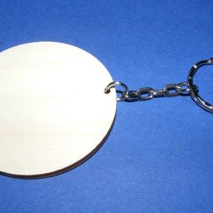 Fa kulcstartó-8 (Ø 55 mm/1 db) - kerek, Fa, Egyéb fa, \nFa kulcstartó-8 - platinum színű láncos kulcstartóval - kerek\n\nFa alap mérete: Ø 55 mmAnyaga: natúr..., Meska