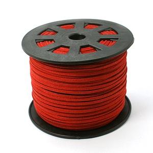 Szarvasbőr utánzat-7 (3x1,5 mm/1 m) - piros, Vegyes alapanyag, Egyéb alapanyag,  Szarvasbőr utánzat-7 - piros  Mérete: 3x1,5 mm  Nyakbavaló alapnak, fonási technikákhoz ajánlott. F..., Meska