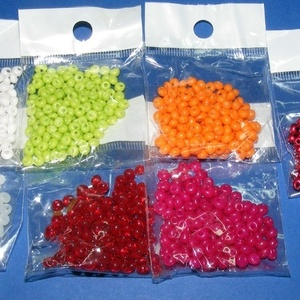 Japán fánkgyöngy (3. minta/10 g) - átlátszó piros (csimbo) - Meska.hu