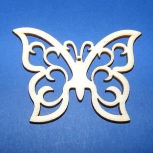 Fa alap (133. minta/1 db) - metszett pillangó, Fa, Egyéb fa,  Fa alap (133. minta) - metszett pillangó    Mérete: 7x5,5 cm Anyaga: natúr rétegelt lemezAnyagva..., Alkotók boltja