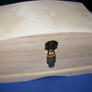 Fadoboz szögletes réz lakattal (26x16x15 cm/1 db) - felül íves, Fa,  Fadoboz szögletes réz lakattal (26x16x15 cm/1 db) - felül íves  A lakat mérete 32xmm teljes hossz 2..., Meska