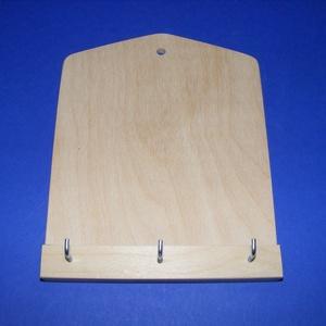 Fali kulcstartó (3 akasztóval/1 db), Fa,  Fali kulcstartó - 3 akasztóval    Mérete: 190x150x6 mmAnyaga: rétegelt lemez  Az ár egy darab ter..., Meska
