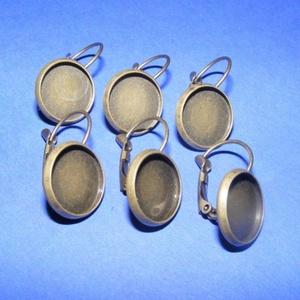 Fülbevaló alap (278. minta/2 db), Gyöngy, ékszerkellék,  Fülbevaló alap (278. minta) - akasztható - bronz színben  Mérete: 26x14 mm A termékeim között talá..., Meska