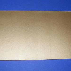 Viaszlap (20x10 cm) - arany, Gyertya, Gyertyaöntés, \n\n\nViaszlap - arany\n\nMérete: 20x10 cm\nAz öntapadós, vékony viaszfólia \r\nsegítségével elkészítheti az..., Meska