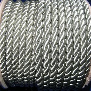 Sodrott zsinór - 5 mm (ZS88S/1 m) - ezüstszürke, Gyöngy, ékszerkellék, Ékszerkészítés,  Sodrott zsinór (ZS88S) - ezüstszürke  Színes nylon sodrott zsinórAjánlott karkötők, nyakláncok kés..., Alkotók boltja