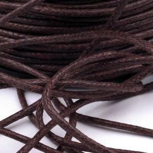 Viaszos pamutzsinór - 1,5-2 mm (ZS04. minta/1 m) - sötétbarna, Gyöngy, ékszerkellék,  Viaszos pamutzsinór (ZS04. minta) - sötétbarna  Nyakbavaló alap, karkötő alap alapanyaga. Fonáshoz,..., Meska